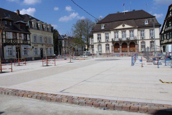 Poursuite des travaux d'aménagement de la place de l'Hôtel de Ville