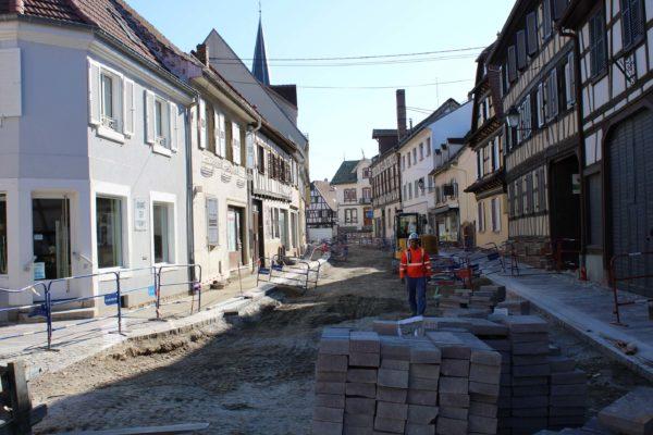 Poursuite des travaux d'aménagement rue de Strasbourg et des fouilles archéologiques place Friedel
